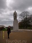 Памятник герцогу Уильяму VI  Гринвич-Парке