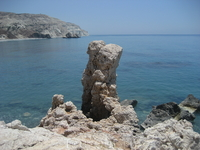 Камень Афродиты.Место , где Афродита вышла из пены на берег