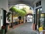 Магазинчики и бары в портовой зоне