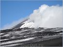 А там, за облаками - вершина Этны. 3329 метров.