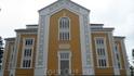 В Керимяки находится самая большая деревянная церковь в мире. Она построена в 1847 году. Высота 27 метров. Используется летом, т.к. ее нельзя отапливать ...