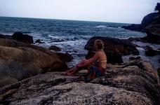 перед нашими бунгало на Самуи пляжа не было
