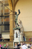 Бронзовый Персей победивший Медузу Горгону работы Бенвенуто Челлини в лоджии делла Сеньория