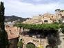 что интересно...мостовые-они же потолки и крыши в жилых домах внутри крепости... там живут до сих пор..