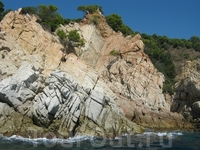 пибрежные скалы