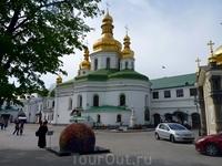 Монахи и затворники Киево-Печерской обители отличались высокими нравственными качествами и подвижничеством, что вызывало уважение у просвещённых и влиятельных ...