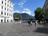 центральная площадь Лугано
