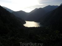 Знаменитое озеро Рица
