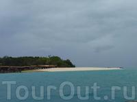 Prison Island, надвигается шторм