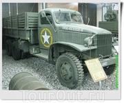 Трёхосный полноприводный грузовик GMC CCKW-353. Кроме Studebaker американцы выпускали ещё три полноприводных грузовика с практически такими же характеристиками ...