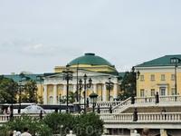 Это очень красивое здание института стран Азии и Африки