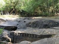 Kbal Spean.В сезон дождей под водой тысячи лингов(мужского начала)