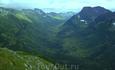 Долина истока реки Кинзелюк. Центральный Саян. В данную реку впадает нижнее Кинзелюкское озеро образованноге падением вод Кинзелюкского водопада. В реке ...
