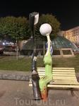 """А это необычный памятник """"Влюбленые фонари"""" , автор Владимир Белоконь, установлен на Майдане Незалежности"""