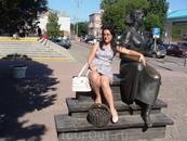Памятник замечательной актрисе Нонне Мордюковй