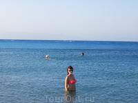 Средиземное море, тихое и спокойное, очнь прозрачная вода, но на мой взгляд, прохладнее Эгейского.