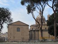 Церкви в Риме на каждом шагу.