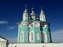 Очень красивый Храм. Много старинных икон.