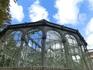 Стеклянный дворец - воздушное волшебство, сделанное в 1887 году из стекла и металла.