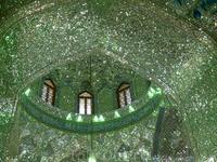 Зеркальный купол мечети