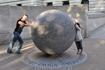 Памятник жертвам теракта в Бали. Террористические акты на Бали (2002) — произошли 12 октября 2002 в туристском районе Кута на индонезийском острове Бали ...