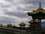 необычно видеть  такую восточно-азиатскую красоту совсем рядом