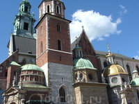 собор на територии Вавеля. усыпальница Польских королей