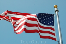флаг возле Капитолия