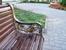 Симпатичные скамейки в парке