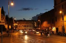 вечерний Рим - Театр Марцелло