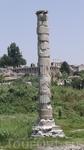 Останки 4-го из 7-ми чудес света (Храма Артемиды) близ древнего города Эфес