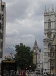 Естественно, в первую очередь мы поехали в Вестминстер. На автобусе, ехали долго, зато можно смотреть по сторонам Если не торопишься, автобус, по моему мнению, идеальное средство передвижения для тури