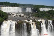 Фотографией невозможно передать всю ту мощь водных потоков, тот  шум воды и силу стихии