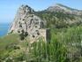 Генуэзская крепость. Вид из крепости на отдельно стоящую Портовую башню.