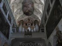 Сабор, где крестили Моцарта