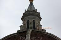 Совершил восхождение на купол. 464 ступени лестницы.