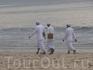 Застали на пляже какое-то празнество... Гид пояснил что праздников у балийцев очень много и в сумме выходит чуть ли не по три праздника на день.