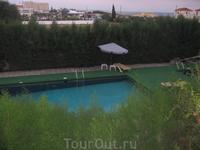 бассейн было видно из номера ))