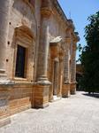 п-ов Акротири. Монастырь Agia Triada