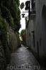 От Амальфи до Равелло полчаса езды на автобусе. Говорят еще можно поднятся пешком из Атрани, городка прямо за Амальфи