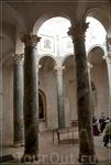 собор Сен-Совёр,баптистерий