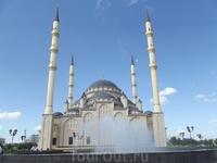 """Сердце Чечни"" - мечеть."