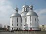 Свято-Воскресенский собор. Заложен в 1992 г., освящен в 2001-м Патриархом Алексием II.