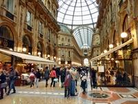 Милан. по бутикам.