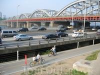 трафик плотный для всех видов транспорта