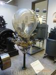 Музей техники, вот такая суровая лампочка 600V, 500A, 300kW