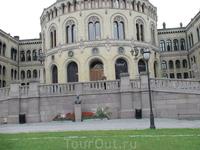 Название норвежского парламента запомнить невозможно.