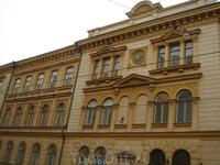 ...клон Питера, Сенатская площадь Хельсинки (Senaatintori)