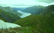 Медвежье озеро.Центральный Саян. Вид со стороны Кинзелюкского водопада.