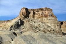 Побывав накануне в Гранд-Каньоне мы отправились изучать ещё два замечательных места - Брайс и Зайон.